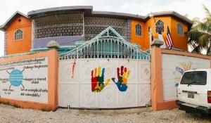 Jim Bryson, MBA'85, opens Haitian school