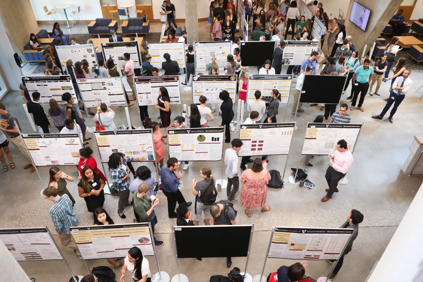 Students presenting at the 17th annual student research symposium organized by VSSA. Located in the Engineering and Science Building.