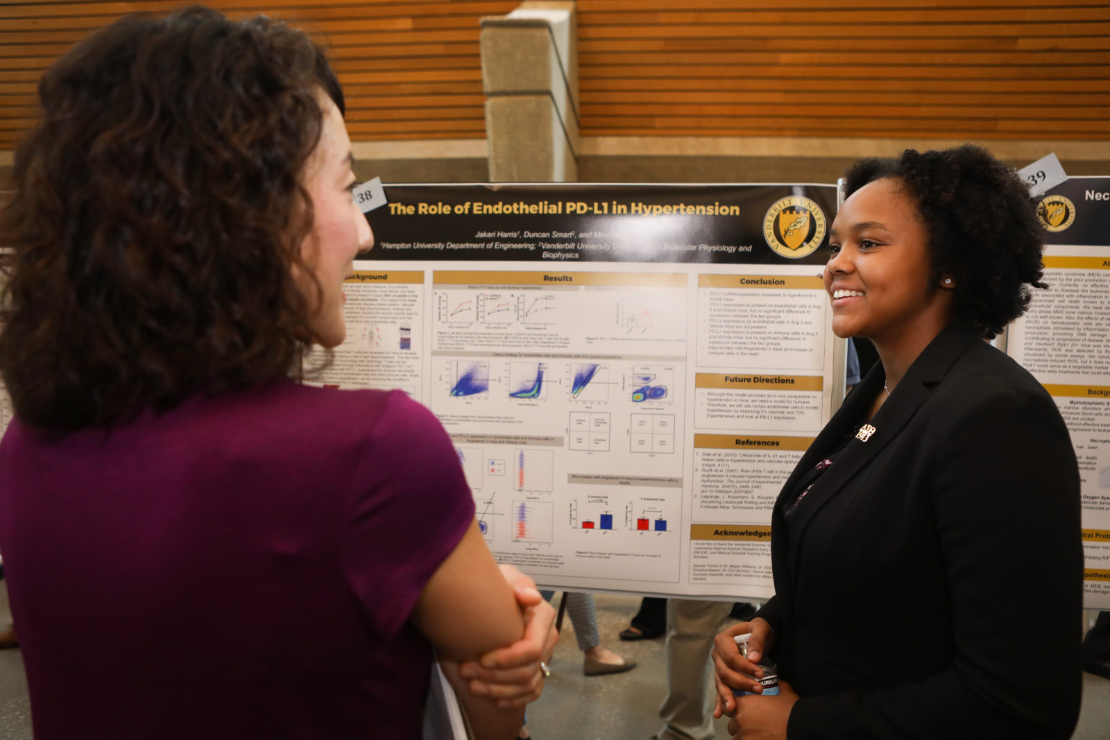 Student presenting at the 17th Annual student research symposium at the Engineering and Science Building (Susan Urmy/Vanderbilt)