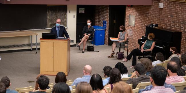 Larry Marnett, dean of the School of Medicine Basic Sciences, addresses incoming biomedical science Ph.D. students on Sept. 3. (Vanderbilt University)