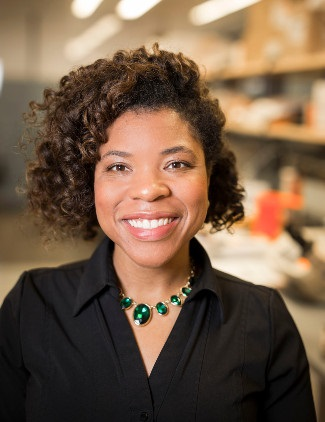 photograph of Breann Brown in the Brown Lab