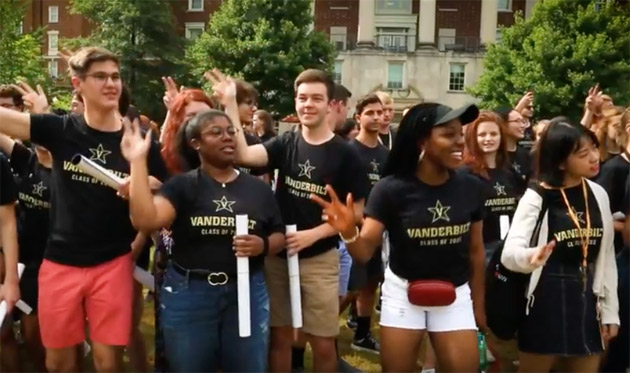 Watch Coach Derek Mason, the Spirit of Gold Marching Band and other members of the Vanderbilt community help rally first-year students as they gather to take the Class of 2022 photo. (Vanderbilt University)
