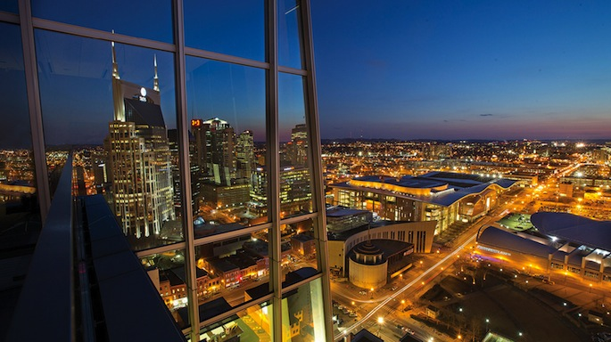 downtown nashville skyline at night
