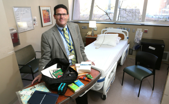 Todd Havens participates in the Vanderbilt Vigil Volunteers program, which pairs volunteers with dying patients who have no family members or friends with them. (photo by Anne Rayner)