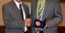 Hillyer receives parasitology medal