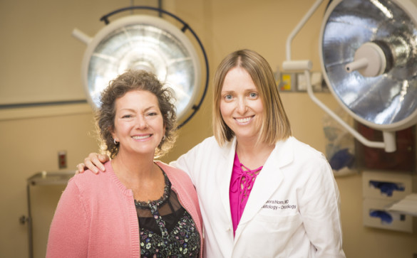 Patient Shawn Morgan, left, here with Leora Horn, M.D., M.Sc., is taking part in a Phase 3 clinical trial of a lung cancer therapy at Vanderbilt-Ingram Cancer Center. (photo by Susan Urmy)