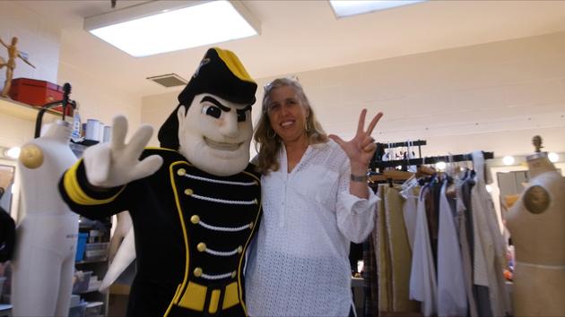 Alexandra Sargent-Capps with her muse, Mr. Commodore. (Vanderbilt University)