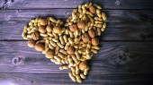 VU study finds peanut consumption associated with decreased total mortality and mortality from cardiovascular diseases