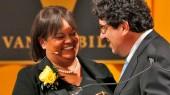 Change the world, former surgeon general tells Vanderbilt seniors