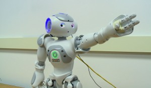 VUCast: Robot helps kids with autism; plus Billy Joel, Vandy-style