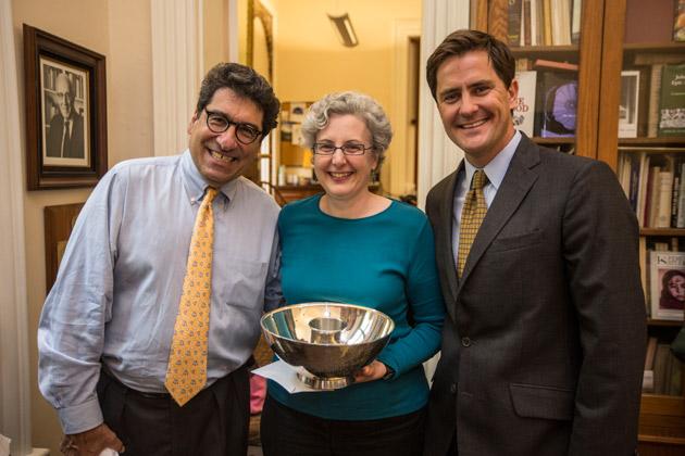 L-r: Chancellor Nicholas S. Zeppos, Teresa Goddu and Keith Ikard, president of the Vanderbilt Alumni Association's Nashville Chapter.