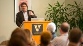Zeppos discusses university's outlook, inclusion initiatives at USAC meeting