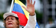 Venezuelans down on president, tolerant of his detractors