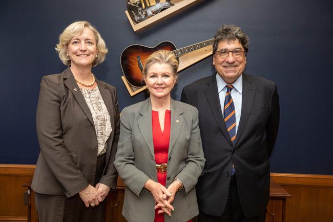 L-r: Provost and Vice Chancellor for Academic Affairs Susan R. Wente, Sen. Marsha Blackburn and Chancellor Nicholas S. Zeppos. (Vanderbilt University)