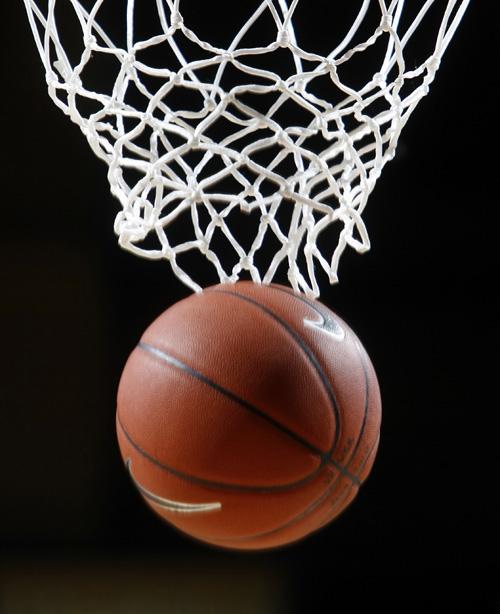 Meet men's, women's basketball teams at FREE picnic Nov. 1 ...