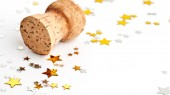 Vanderbilt ophthalmologist warns about dangers of champagne corks