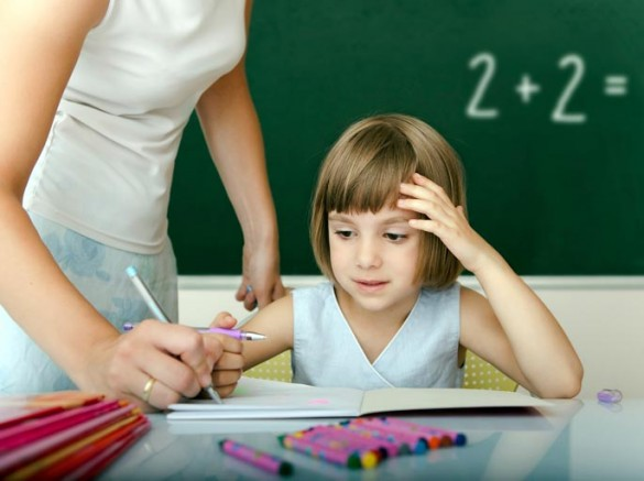 Giving a child feedback during problem solving may do more harm than good, according to a new Vanderbilt study (iStock)