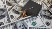 People with less financial knowledge unlikely to borrow for college