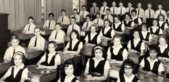 b&w old classroom photo