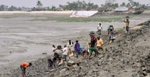 Flood control efforts in Bangladesh exacerbate flooding, threaten millions