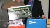 Alumnus donates welding equipment to art department