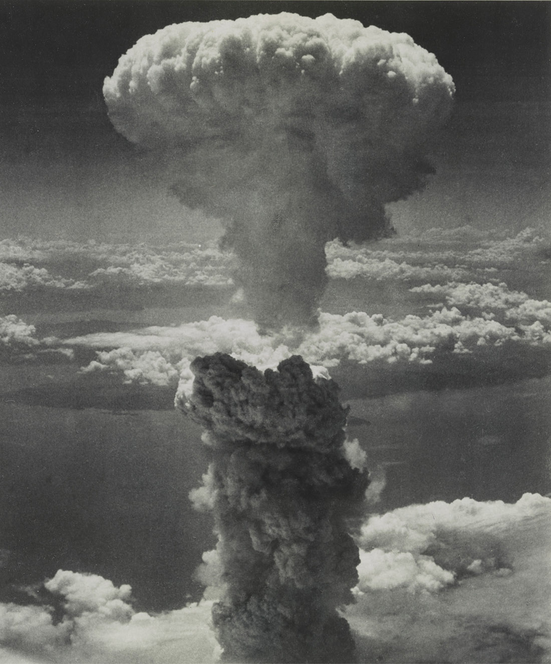 """Fat Man,"" the second atomic bomb developed by Manhattan Project physicists, is dropped on Nagasaki, Japan, on Aug. 9, 1945, prompting the end of World War II. (LIBRARY OF CONGRESS ARCHIVES)"