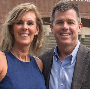 Susan and Keith Hoogland (JOE HOWELL)