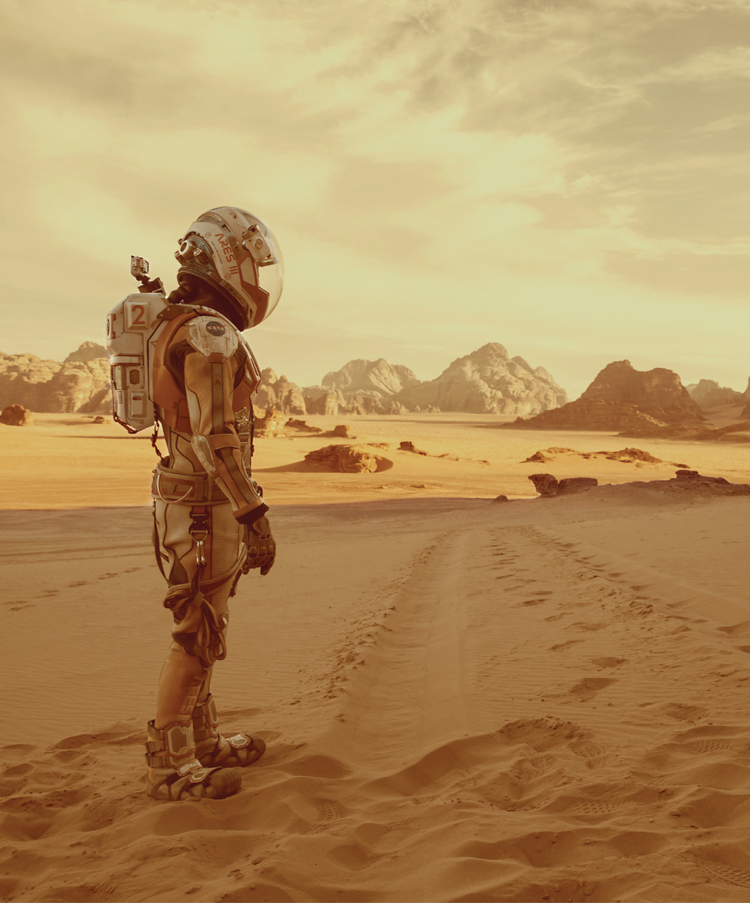 A film still from the movie The Martian featuring an image of an astronaut on Mars