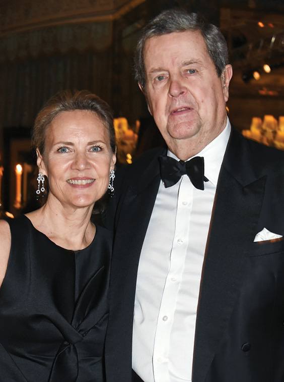 With Carla Bamberger, executive chairman of Cartier UK, at the 25th Cartier Racing Awards in London in 2015. (DAVID M. BENETT/GETTY)