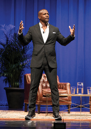 photo of Terry Crews on stage