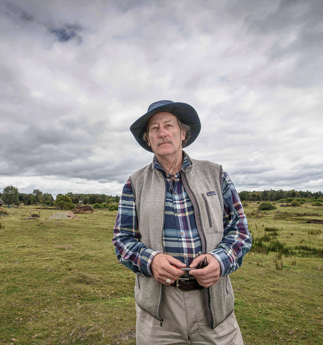Tom Dillehay, pictured here in Chile, has spent the past 40 years excavating archaeological sites all along South America's Pacific coast. (FRANCISCO NEGRONI)