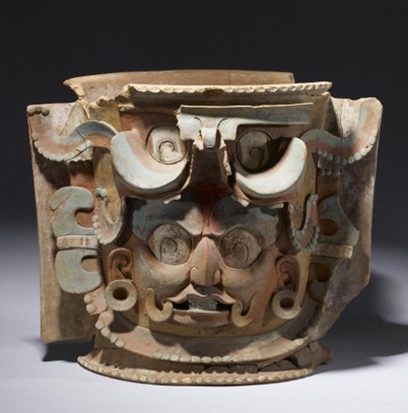Burial urn, K'iché Maya, Southern Highlands, Guatemala. The Walters Art Museum, Baltimore, gift of John Bourne, 2009. (Photo © The Walters Art Museum, Baltimore)