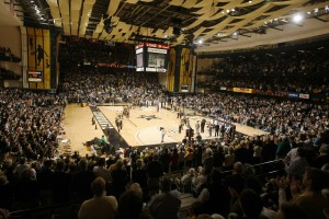 Basketball season begins this week, discounted season tickets available